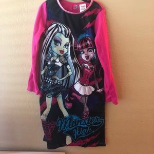 NWOT Monster High Nightgown